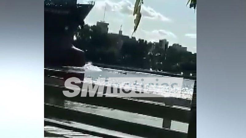 Un buque carguero embistió a dos remeros en Zárate