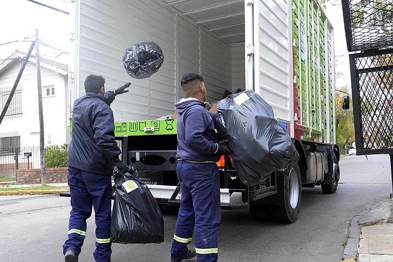Comienza la recolección domiciliaria de residuos ...