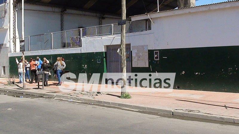 Al borde de la tragedia: Quince chicos internados por fuga de gas en una escuela de José C. Paz