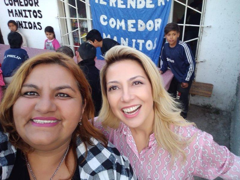 La mujer de Alberto visitó San Miguel y ninguneó al candidato La Porta