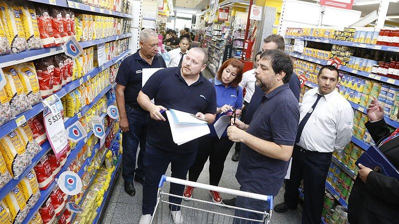 Resultado de imagen para Intendentes fiscalizaron los precios de productos